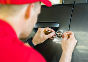 Mobile Car Key Cutting